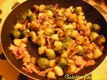 Poêlée de choux de Bruxelles et pommes de terre au jambon
