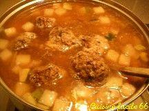 Couscous aux kefta de bœuf (boulettes de viande) et merguez