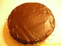 Gâteau génoise au chocolat fourrage banane, crème chocolat