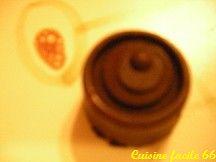 Ganache chocolat noir, noisette, pour fourrage chocolat de Noël