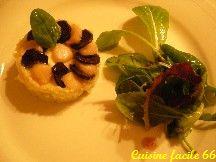 Saint Jacques en rosace de pommes de terre «rate» et «vitelotte»